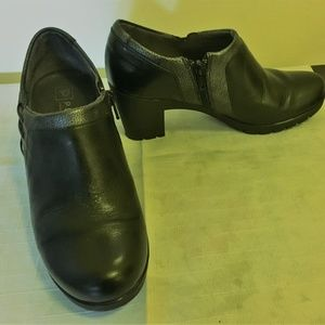 PITILLOS Black  leather ankle shoes s. 36